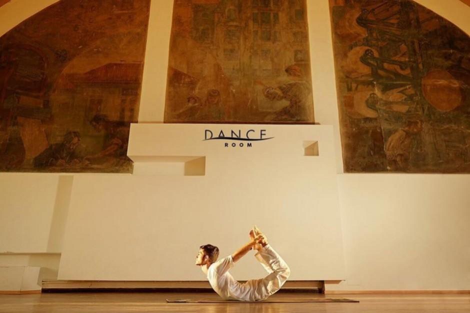 Yoga la studioul BODHI